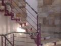 Scara interioara cu trepte din lemn