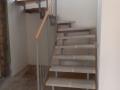 scara metalica si trepte din lemn